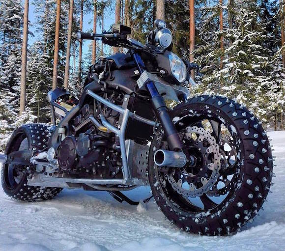 V-Max Snow Monster