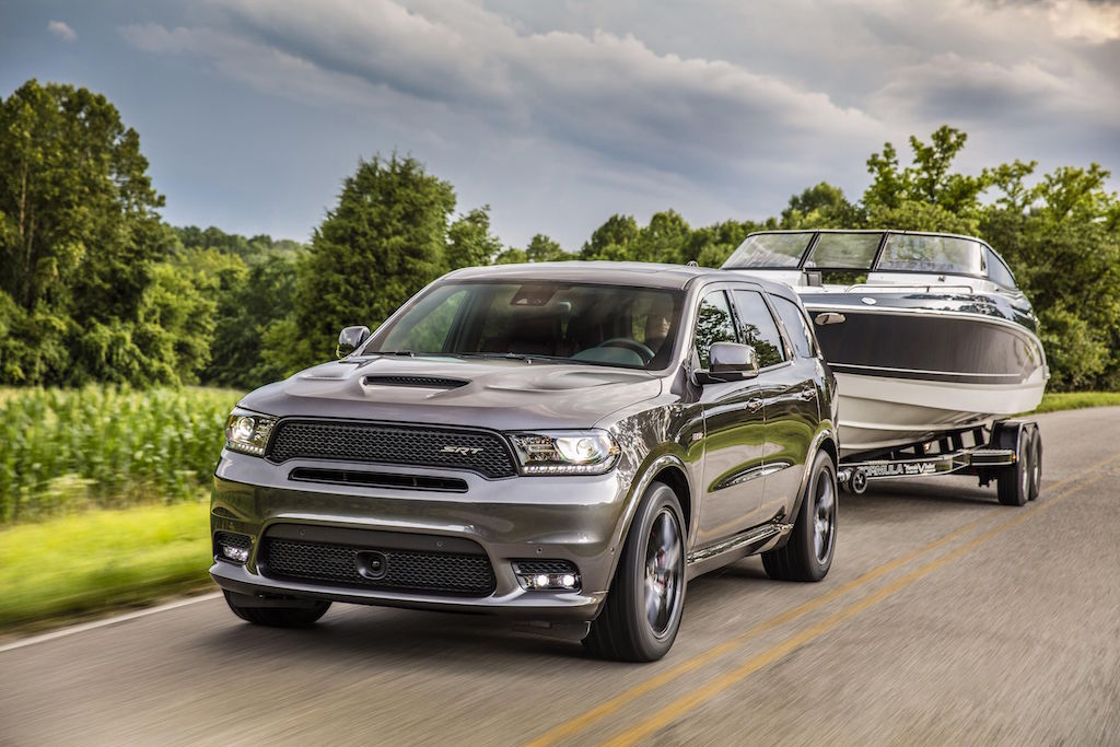 2018 Dodge Durango SRT towing